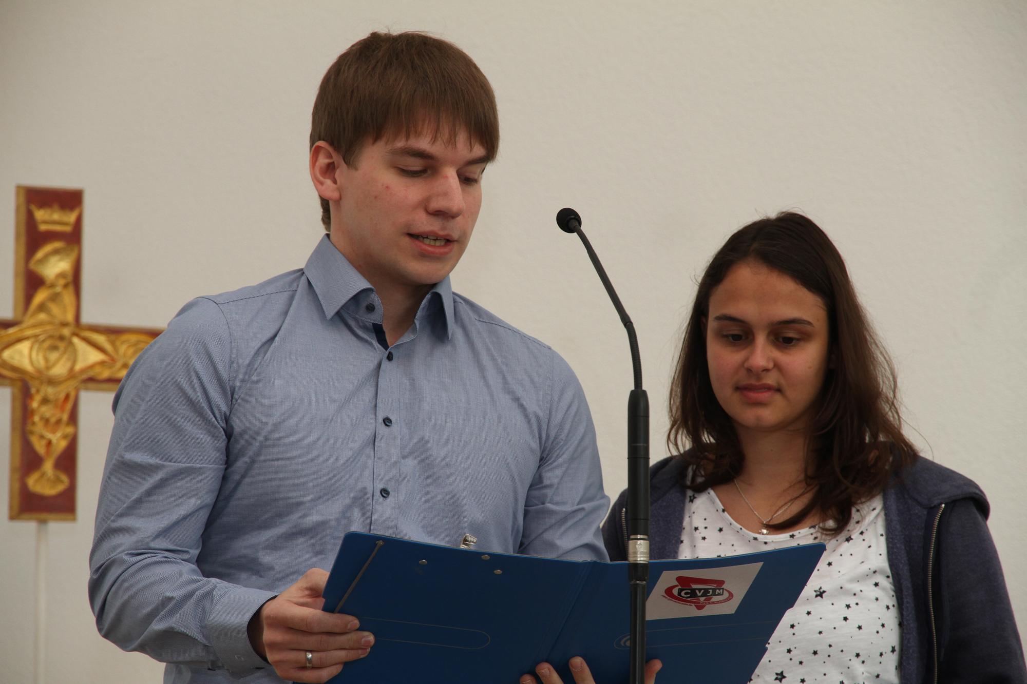 Jasmin Kneschke und Samuel Gruber bedanken sich bei ihren Vorgängern